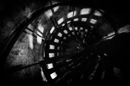 Detail van een metalen trap - Creative own Work - Diana van Neck - Fotograaf Zutphen