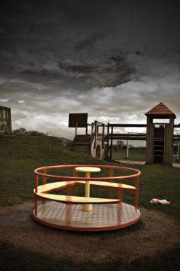 Speeltuin draaiende draaimolen met pop - Creative own Work - Diana van Neck - Fotograaf Zutphen
